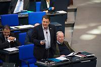 DEU, Deutschland, Germany, Berlin, 31.01.2019: Blick in die Reihen der AfD-Bundestagsfraktion (Alternative für Deutschland, AfD) bei einer Plenarsitzung im Deutschen Bundestag. Stephan Brandner (AfD) bei einer Wortmeldung.