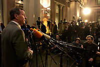 10 DEC 2003, BERLIN/GERMANY:<br /> Wilhelm Schmidt, SPD, 1. Parl. Geschaeftsfuehrer SPD BT-Fraktion, gibt ein kurzes Pressestatement, waehrend der Sitzung des Vermittlungsausschusses, Bundesrat<br /> IMAGE: 20031210-01-082<br /> KEYWORDS: Mikrofon, microphone, Kamera, Camera, Journalist, Journalisten
