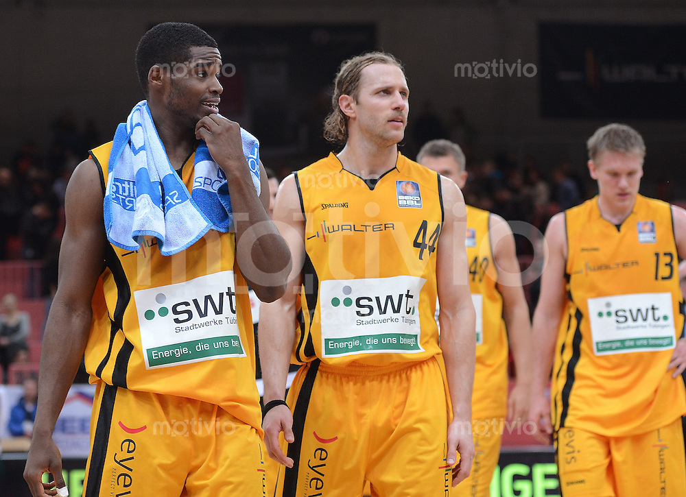 Basketball  1. Bundesliga  2012/2013    Walter Tigers Tuebingen - EWE Baskets Oldenburg      16.03.2013 Enttaeuschung Tigers; Josh Young (li) und Vaughn Duggins