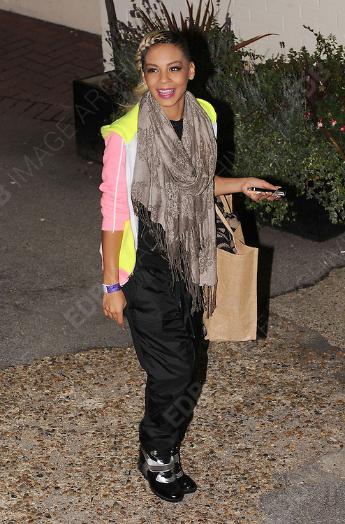 14.OCTOBER.2012. LONDON<br /> <br /> JADE ELLIS LEAVING THE X-FACTOR STUDIOS AFTER THE RESLUTS SHOW.<br /> <br /> BYLINE: EDBIMAGEARCHIVE.CO.UK<br /> <br /> *THIS IMAGE IS STRICTLY FOR UK NEWSPAPERS AND MAGAZINES ONLY*<br /> *FOR WORLD WIDE SALES AND WEB USE PLEASE CONTACT EDBIMAGEARCHIVE - 0208 954 5968*