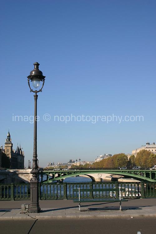 Lampstand on bridge over River Seine, Paris, France<br />
