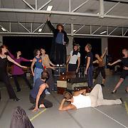 Perspresentatie Crazy for you musical, cast repetitie, Anouk van Nes, Dick Cohen, Chantal Janzen