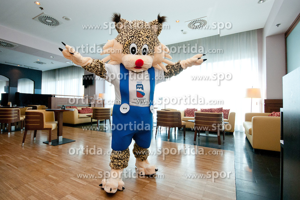 Official mascot of the tournament lynx Buli at press conference of Slovenian National team before Ice-Hockey World Championships Division I Ljubljana 2012 and introduction of official mascot for the tournament, on March 13, 2012 at Austria Trend Hotel, Ljubljana, Slovenia. (Photo By Matic Klansek Velej / Sportida)