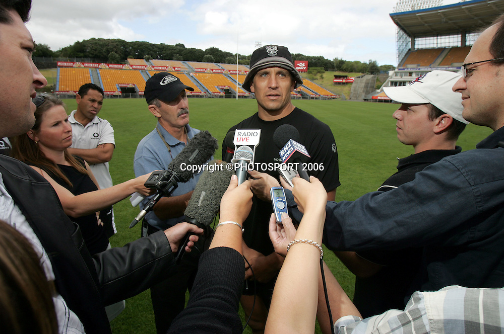 Warriors captain Steve Price talks with the media during the Warriors training session held at Ericsson Stadium, Auckland, on Wednesday 1 March, 2006. Photo: Andrew Cornaga/PHOTOSPORT<br /><br /><br />147837