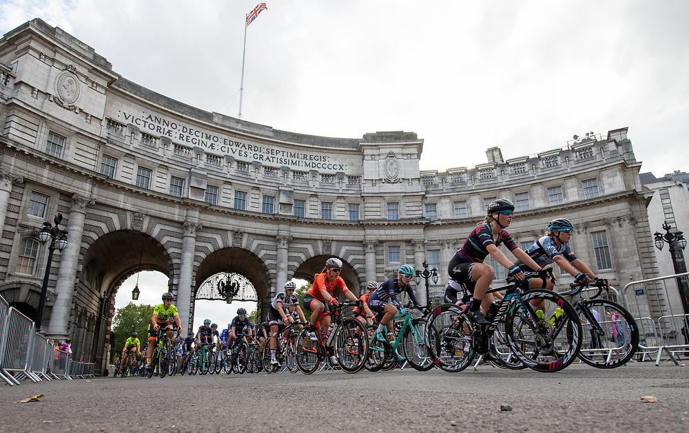 Riders passing through Admiralty Arch as the race nears its conclusion. Prudential RideLondon Classique. Saturday 28th July 2018<br /> <br /> Photo: Thomas Lovelock for Prudential RideLondon<br /> <br /> Prudential RideLondon is the world's greatest festival of cycling, involving 100,000+ cyclists - from Olympic champions to a free family fun ride - riding in events over closed roads in London and Surrey over the weekend of 28th and 29th July 2018<br /> <br /> See www.PrudentialRideLondon.co.uk for more.<br /> <br /> For further information: media@londonmarathonevents.co.uk