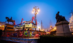 A misty funfair in Glasgow's' George Square on 23rd December 2018<br /> <br /> (c) Andrew Wilson | Edinburgh Elite media