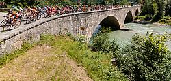 06.07.2017, Kitzbühel, AUT, Ö-Tour, Österreich Radrundfahrt 2017, 4. Etappe von Salzburg - Kitzbüheler Horn (82,7 km/BAK), im Bild Feature, Peloton auf einer Steinbruecke // Feature, Peloton auf einer Steinbruecke during the 4th stage from Salzburg - Kitzbueheler Horn (82,7 km/BAK) of 2017 Tour of Austria. Kitzbühel, Austria on 2017/07/06. EXPA Pictures © 2017, PhotoCredit: EXPA/ JFK