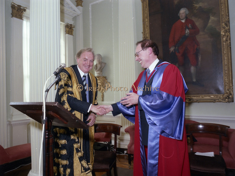 04/03/1994<br /> 03/04/1994<br /> 04 March 1994<br /> Dr. Tony O'Reilly admitted as Pro Chancellor of the University of Dublin.