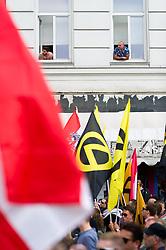 """11.06.2016, Wien, AUT, Demonstration der Identitären Bewegung Österreich mit diversen Gegendemonstrationen. im Bild Identitäre // participants of the Indentitarian movement during demonstration of the right group """"Identitaeren"""" and left-wing counter demonstrations in Vienna, Austria on 2016/06/11. EXPA Pictures © 2016, PhotoCredit: EXPA/ Michael Gruber"""