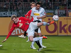 15.04.2011, Bruchwegstadion, Mainz, GER, 1. FBL, Mainz 05 vs Borussia M Gladbach, im Bild Andre SCHUERRlE (Mainz GER #14), Martin Stranzl (Gladbach #39), EXPA Pictures © 2011, PhotoCredit: EXPA/ nph/  Roth       ****** out of GER / SWE / CRO  / BEL ******
