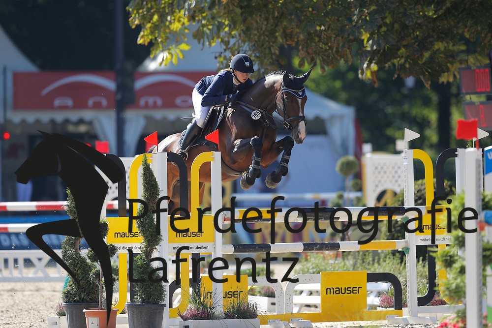 Schlösser, Lara (GER) Amicelli<br /> Paderborn - Paderborn Challenge 2016<br /> © www.sportfotos-lafrentz.de