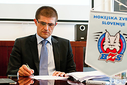 Matjaz Rakovec (predsednik HZS) na tiskovni konferenci HZS pred skupscino Hokejske zveze Slovenije, on September 7, 2011, in Ljubljana, Slovenia. (Photo by Matic Klansek Velej / Sportida)