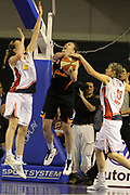 DESCRIZIONE : Taranto Lega A1 Femminile 2009-10 Play Off Finale Gara 5<br /> Cras Basket Taranto Famila Wuber Schio<br /> GIOCATORE : Kathrin Ress Elodie Godin<br /> SQUADRA : Famila Wuber Schio Cras Basket Taranto<br /> EVENTO : Campionato Lega A1 Femminile 2009-2010<br /> GARA : Cras Basket Taranto Famila Wuber Schio<br /> DATA : 16/05/2010<br /> CATEGORIA : rimbalzo stoppata<br /> SPORT : Pallacanestro<br /> AUTORE : Agenzia Ciamillo-Castoria/ElioCastoria<br /> Galleria : Lega Basket Femminile 2009-2010<br /> Fotonotizia : Taranto Campionato Italiano Femminile Lega A1 2009-2010 Play Off Finale Gara 5 Cras Basket Taranto Famila Wuber Schio<br /> Predefinita :