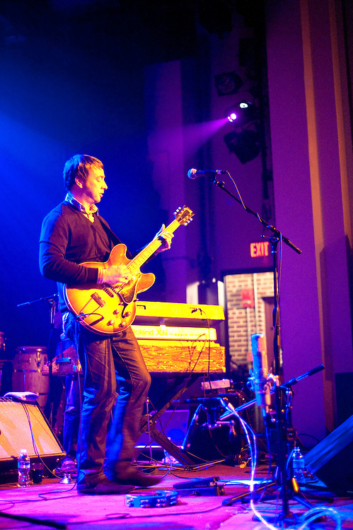 Eddie Roberts of The New Mastersounds @ The State Theater, Falls Church, VA, 11/5/09