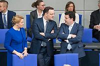 21 MAR 2019, BERLIN/GERMANY:<br /> Franziska Giffey (L), SPD, Bundesfamilienministerin, Jens Spahn (M), CDU, Bundesgesundheitsminister, und Hubertus Heil (R), SPD, Bundesarbeitsminister, im Gespraech, vor Beginn der Bundestagsdebatte zur Regierungserklaerung der Bundeskanzlerin zum Europaeischen Rat, Plenum, Deutscher Bundestag<br /> IMAGE: 20190321-01-007<br /> KEYWORDS: Gespräch