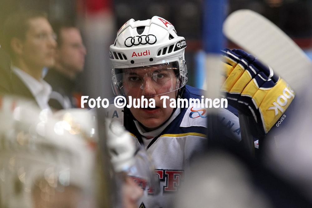 1.11.2011, Hmeenlinna...Jkiekon SM-liiga 2011-12. HPK - Blues..Teemu Ramstedt - Blues