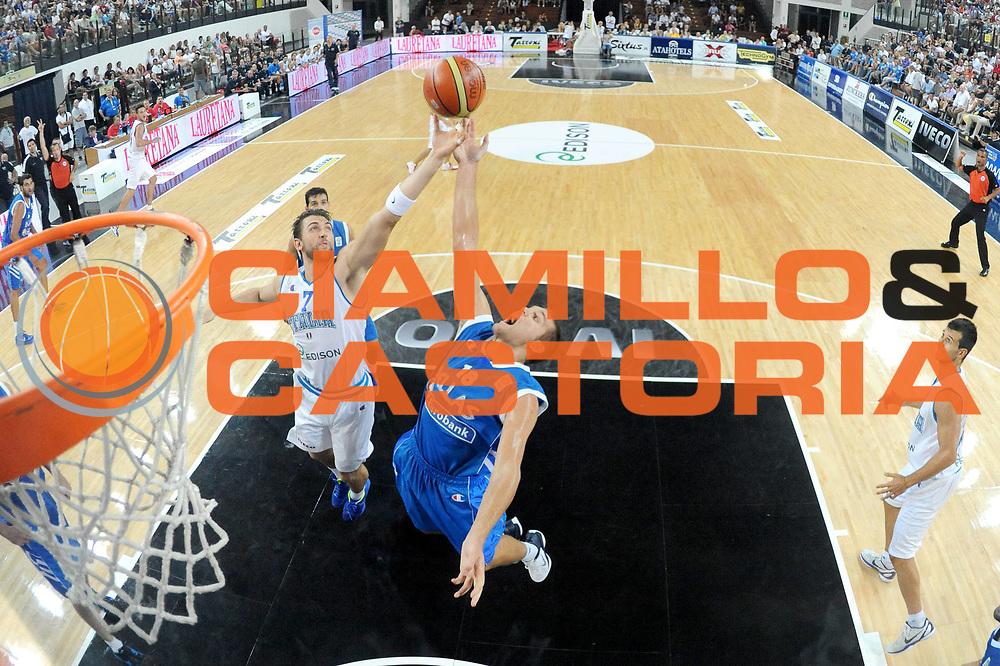 DESCRIZIONE : Rimini Trofeo Tassoni Italia Greece Italy Grecia<br /> GIOCATORE : Andrea Bargnani Michael Bramos<br /> CATEGORIA : rimbalzo special<br /> SQUADRA : Nazionale italia<br /> EVENTO : Trofeo Tassoni<br /> GARA : Italia Greece Italy Grecia<br /> DATA : 14/08/2011<br /> SPORT : Pallacanestro<br /> AUTORE : Agenzia Ciamillo-Castoria/C.De Massis<br /> Galleria : Fip Nazionali 2011 <br /> Fotonotizia : Rimini Trofeo Tassoni Italia Greece Italy Grecia<br /> Predefinita :