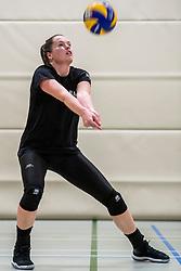 10-09-2018 NED: Training PDK Huizen season 2018-2019, Huizen<br /> Training for the players of Top Division club vv Huizen women season 2018-2019 / Lizzy Koole #8 of PDK Huizen