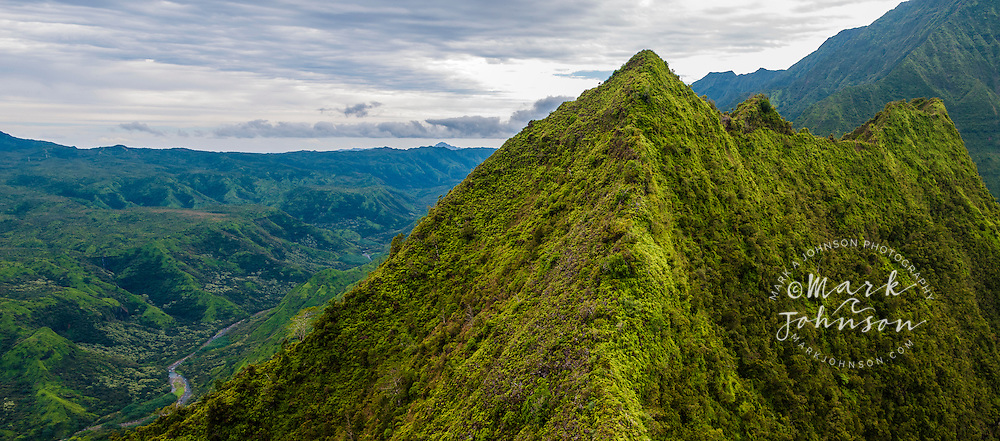 Panorama of Mt. Hihimanu & Hanalei River, the interior mountains of Kauai, Hawaii