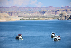 Houseboats on Wahweap Bay, Lake Powell, Utah - Arizona, USA