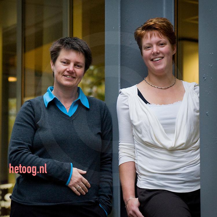 Ina Snier (l) locatiemanager Fokuswoningen Zwolle en Inge Welleweerd (r) regio ondersteuner van Fokus regio I