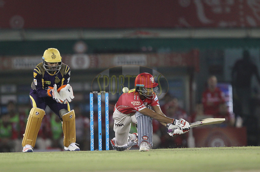 Wriddhiman Saha of Kings XI Punjab mis times the sweep during match 13 of the Vivo Indian Premier League ( IPL ) 2016 between the Kings XI Punjab and the Kolkata Knight Riders held at the IS Bindra Stadium, Mohali, India on the 19th April 2016<br /> <br /> Photo by Ron Gaunt / IPL/ SPORTZPICS