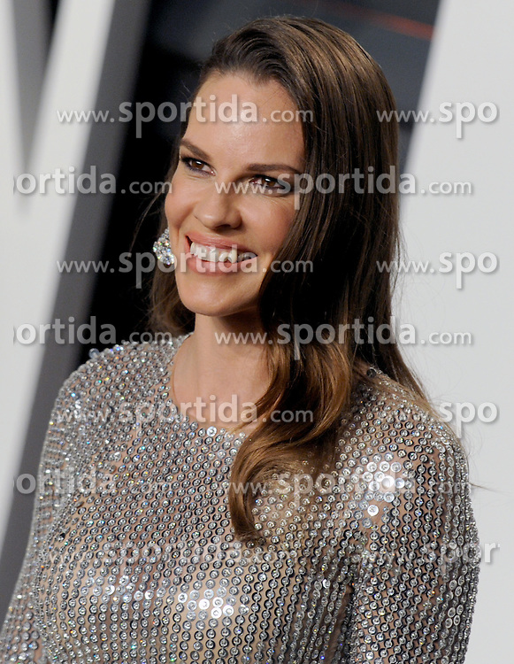 Hilary Swank arrives at the 2016 Vanity Fair Oscar Party Hosted By Graydon Carter at Wallis Annenberg Center for the Performing Arts on February 28, 2016 in Beverly Hills, California. EXPA Pictures © 2016, PhotoCredit: EXPA/ Photoshot/ Dennis Van Tine<br />