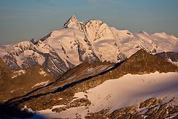 22.09.2010, Mölltaler Gletscher, Flattach, AUT, OeSV Training Moelltaler Gletscher, im Bild Grossglockner im Morgenlicht. EXPA Pictures © 2010, PhotoCredit: EXPA/ J. Groder
