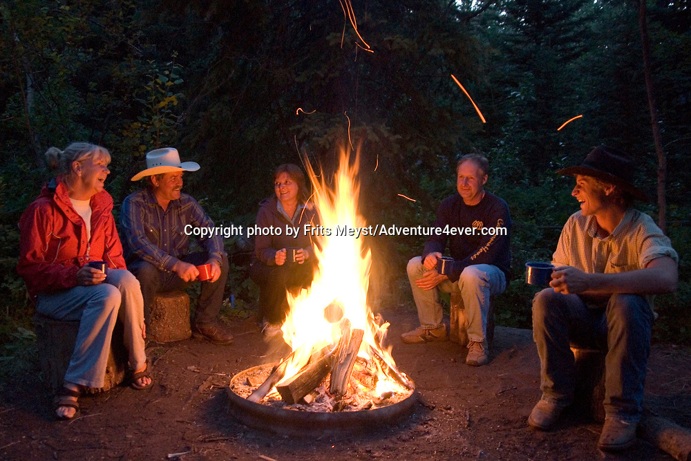 Mountain View, Alberta, Canada, July 2008. Around the campfire. Rancher Dan Nelson takes us on a horse back trail ride in the hills connecting the Albertan prairie with the mountains of Waterton National Park. Photo by Frits Meyst/Adventure4ever.com