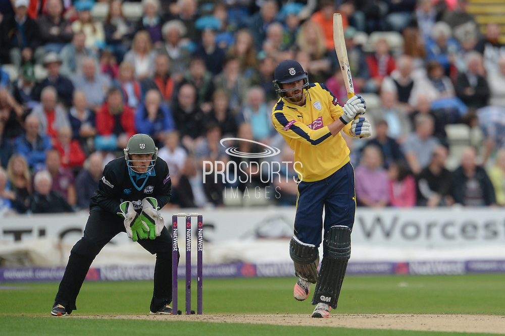 James Vince and Ben Cox during the NatWest T20 Blast Quarter Final match between Worcestershire County Cricket Club and Hampshire County Cricket Club at New Road, Worcester, United Kingdom on 14 August 2015. Photo by David Vokes.