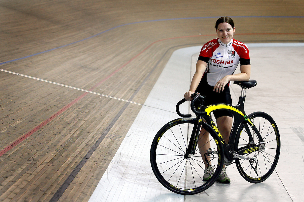 Cyclist Anna Meares on the road to recovery after she was injured in a crash during the keirin final of the Los Angeles World Cup where she sustained a hairline fracture to her C2 vertebrae and other injurys.