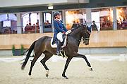 Jasmien de Koeyer - Esperanza<br /> KNHS Indoorkampioenschappen 2017<br /> © DigiShots