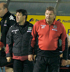 San Marino, San Marino - Wednesday, October 17, 2007: Wales' manager John Toshack and assistant coach Dean Saunders during the Group D UEFA Euro 2008 Qualifying match against San Marino at the Serravalle Stadium. (Photo by David Rawcliffe/Propaganda)