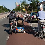 drukke verkeerssituatie op het fietspad...