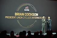 Presentazione Giro d'Italia 2017 il giro del 100 Brian Cookson Presidente UCI - Milano - Palazzo del Ghiaccio - 25 ottobre 2016 © foto Remo Mosna