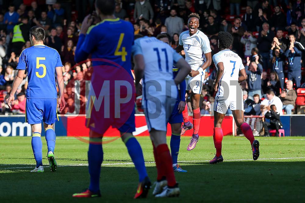 Tammy Abraham of England U21 celebrates with teammates after scoring a goal to make it 2-0 - Rogan Thomson/JMP - 11/10/2016 - FOOTBALL - Bescot Stadium - Walsall, England - England U21 v Bosnia and Herzegovina - UEFA European Under 21 Championship Qualifying.