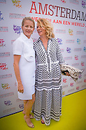 4-6-2016 AMSTERDAM - Princess Mabel at the Amsterdam dinner with her sister Princess Mabel Wisse Smit Nicoline arrives Willemijn results couturiers Viktor &amp; Rolf (L) at the Heineken Music Hall, where the annual Amsterdam Dinner is held. copyright Robin Utrecht<br /> 4-6-2016 AMSTERDAM - Prinses Mabel tijdens de Amsterdam dinner Prinses Mabel met haar zus Nicoline Wisse Smit arriveert met  Willemijn Verloop couturiers Viktor &amp; Rolf (L) bij de Heineken Music Hall, waar het jaarlijkse AmsterdamDiner wordt gehouden. copyright Robin Utrech
