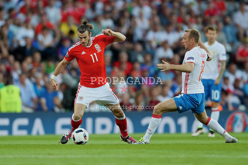 TOULOUSE, FRANCE - Monday, June 20, 2016: Wales' Gareth Bale in action against Russia during the final Group B UEFA Euro 2016 Championship match at Stadium de Toulouse. (Pic by David Rawcliffe/Propaganda)