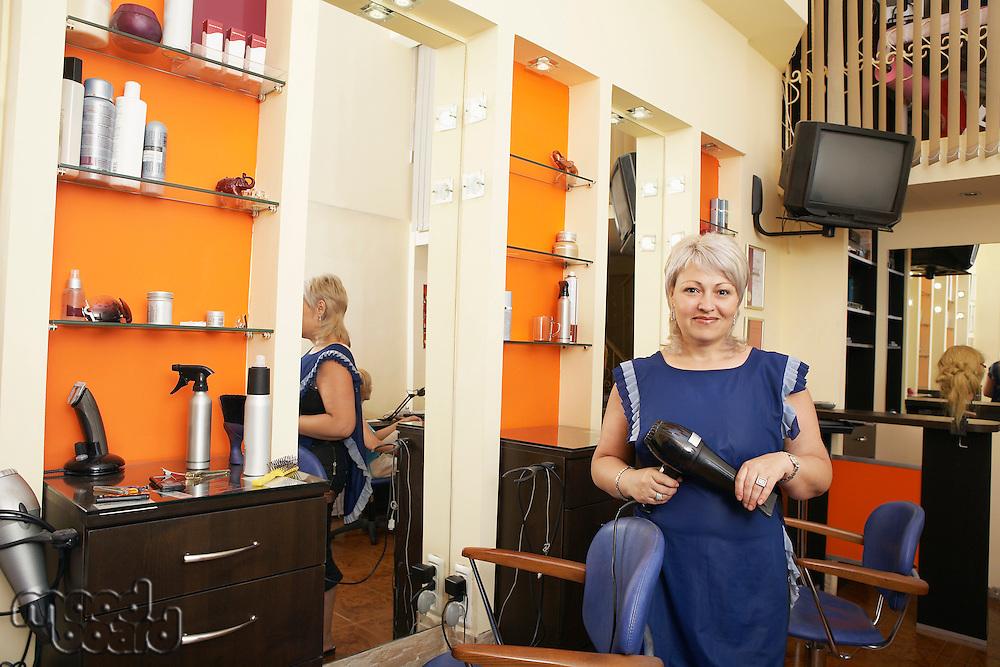 Hairstylist in Beauty Salon