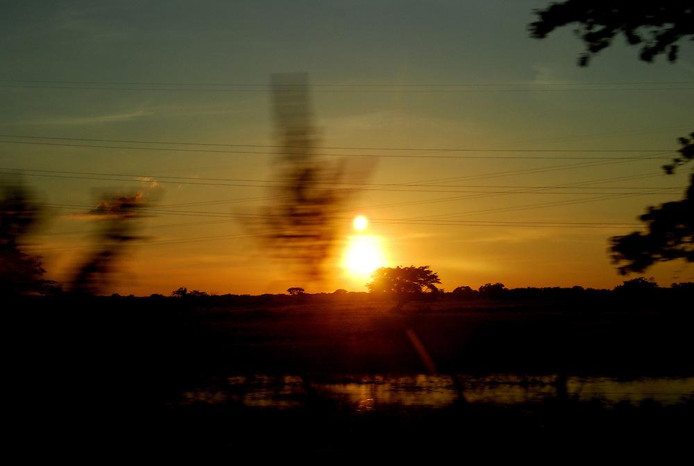 CALABOZO<br /> Estado Guarico - Venezuela 2008<br /> (Copyright © Aaron Sosa)<br /> <br /> Esteros de Camaguan.<br /> En este sector funciona la Reserva de Fauna Silvestre Esteros de Camaguán que fue el 9 de marzo del 2000, por medio de Gaceta Oficial.<br /> Esta reserva se encuentra ubicada entre el Municipio Sebastian Francisco de Miranda y Camaguán, con una superficie de 19 mil300 hectáreas aproximadamente. Los esteros de Camaguán constituyen una zona anegadiza sometida a un régimen estacional. La precipitación promedio anual es de 1600 mm. y la temperatura es de 27 ºC.<br /> El paisaje de los Esteros de Camaguán consta de una llanura aluvial: banco, bajío y estero, con la vegetación característica de las mismas.<br /> <br /> Calabozo, oficialmente Villa de Todos los Santos de Calabozo, es una ciudad de Venezuela situada en el estado Guárico, capital del municipio Sebastián Francisco de Miranda y antigua capital del estado. Tiene una población de 325.477 habitantes. Se ubica en el centro-oeste del estado Guárico, es el primer productor de arroz del país, con un 60%. Cuenta con el sistema de riego más grande de Venezuela. Tiene una importante potencialidad por desarrollar, pues es la primera en consumo de bienes y servicios del estado.<br /> Calabozo está situada a 101 msnm, en las márgenes del Río Guárico, en el alto llano central. En el mapa es fácil de encontrar junto a la Represa Generoso Campilongo, una importante obra tanto de su tiempo como en la actualidad.<br /> <br /> Calabozo is situated in the midst of an extensive llano on the left bank of the Guárico River, on low ground, 325 feet above sea-level and 123 miles S.S.W. of Caracas. The plain lies slightly above the level of intersecting rivers and is frequently flooded in the rainy season; in summer the heat is most oppressive, the average temperature being 69 Fahrenheit.<br /> In its vicinity are thermal springs. The principal occupation of its inhabitants is cattle-raising.