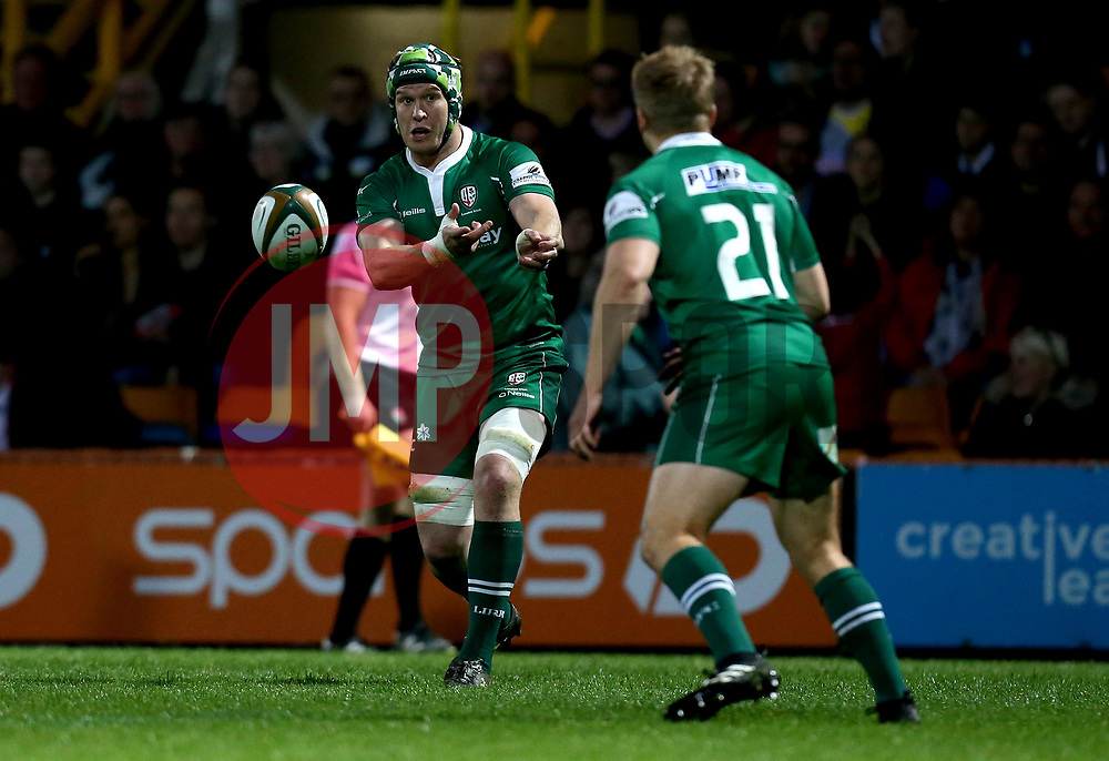 Luke Narraway of London Irish passes the ball - Mandatory by-line: Robbie Stephenson/JMP - 17/05/2017 - RUGBY - Headingley Carnegie Stadium - Leeds, England - Yorkshire Carnegie v London Irish - Greene King IPA Championship Final 1st Leg
