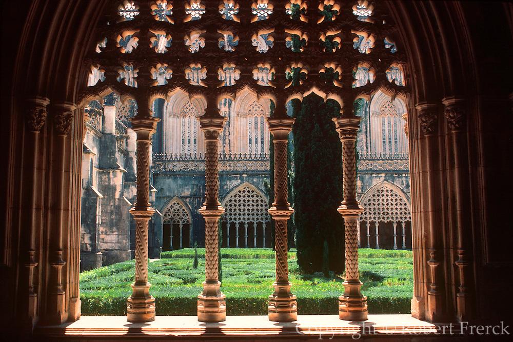 PORTUGAL, BATALHA ABBEY 'Manueline' style; Royal Cloister