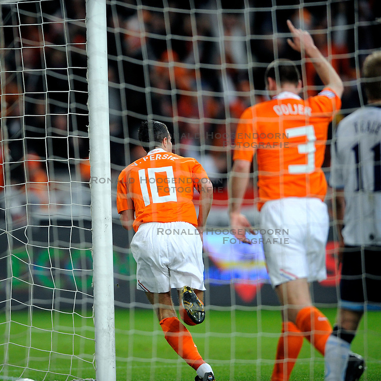 28-03-2009 VOETBAL: WK KWALIFICATIE NEDERLAND - SCHOTLAND: AMSTERDAM<br /> Robin van Persie scoort de 2-0<br /> &copy;2009-WWW.FOTOHOOGENDOORN.NL
