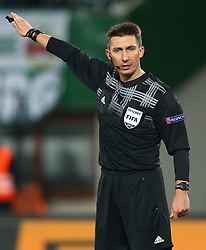 28.11.2013, Ernst Happel Stadion, Wien, AUT, UEFA Europa League, SK Rapid Wien vs FC Thun, Gruppe G, im Bild Gil Pawel, (Schiedsrichter, Referee) // during a UEFA Europa League group G game between SK Rapid Vienna and FC Thun at the Ernst Happel Stadion, Wien, Austria on 2013/11/28. EXPA Pictures © 2013, PhotoCredit: EXPA/ Thomas Haumer
