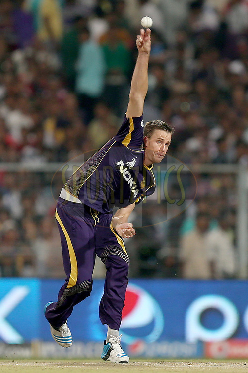 Morne Morkel during the first qualifier match (QF1) of the Pepsi Indian Premier League Season VII 2014 between the Kings XI Punjab and the Kolkata Knight Riders held at Eden Gardens Cricket Stadium, Kolkata, India on the 28th May 2014. Photo by Jacques Rossouw / IPL / SPORTZPICS<br /> <br /> <br /> <br /> Image use subject to terms and conditions which can be found here:  http://sportzpics.photoshelter.com/gallery/Pepsi-IPL-Image-terms-and-conditions/G00004VW1IVJ.gB0/C0000TScjhBM6ikg