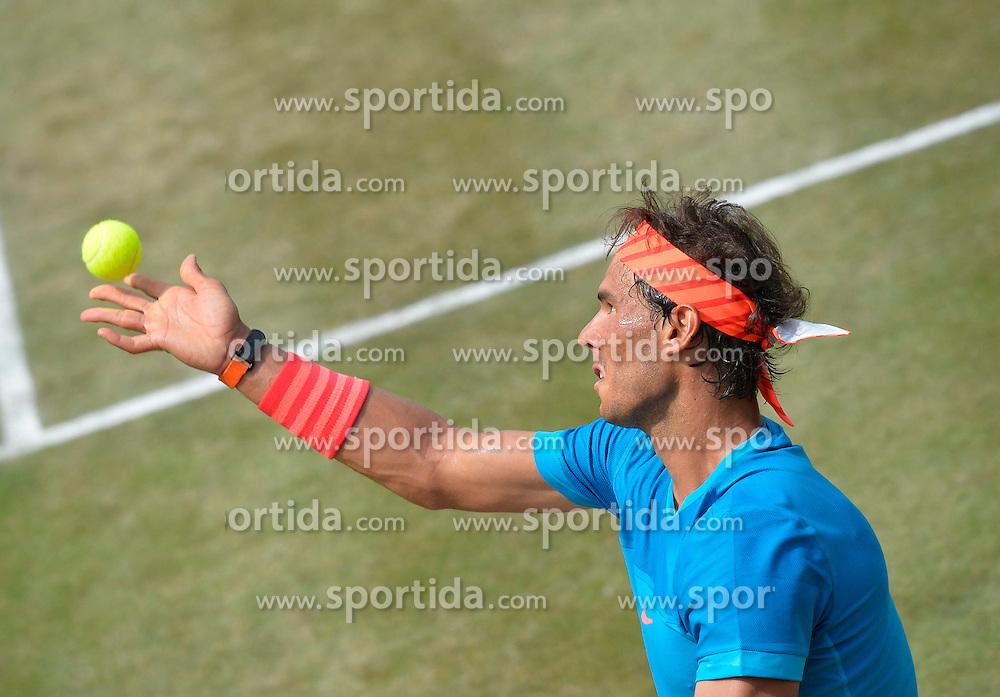 12.06.2015, Tennis Club Weissenhof, Stuttgart, GER, ATP Tour, Mercedes Cup Stuttgart, Viertelfinale, im Bild Rafael Nadal (ESP) Aktion Aufschlag // during quarter Finals of Mercedes Cup of ATP world Tour at the Tennis Club Weissenhof in Stuttgart, Germany on 2015/06/12. EXPA Pictures &copy; 2015, PhotoCredit: EXPA/ Eibner-Pressefoto/ Weber<br /> <br /> *****ATTENTION - OUT of GER*****