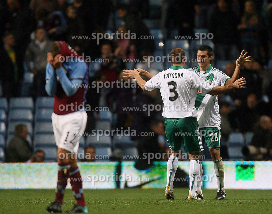 26.08.2010, Villa Park, Birmingham, ENG, UEFA EL, Aston Villa vs Rapid Wien, im Bild Celebration from Juergen Patocka, (SK Rapid Wien, #3) and Christopher Trimmel, (SK Rapid Wien, #28), while dejection for the Villa Players, EXPA Pictures © 2010, PhotoCredit: EXPA/ IPS/ Marcello Pozzetti *** ATTENTION *** UK AND FRANCE OUT! / SPORTIDA PHOTO AGENCY