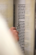 Reading the Torah scrolls