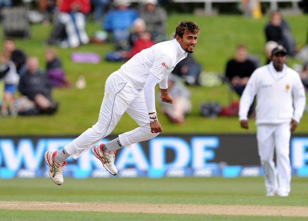 Sri Lanka's Suranga Lakmal bowls against New Zealand on day three of the first International Cricket Test, University Cricket Oval, Dunedin, New Zealand, Saturday, December 12, 2015. Credit:SNPA / Ross Setford