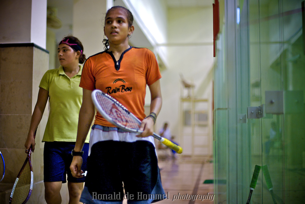 2007-08-08 Islamabad, Pakistan. Female squash players practising in the national sports stadium. Women's sports are practically non existent in the traditionally conservative Muslim state of Pakistan. Some girls get death threats for their sportive behaviour. This does not stop them though from aspiring a professional sports carreer.